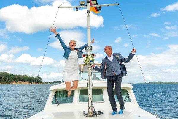heiraten-auf-ruegen-hochzeitsschiff-darie-standesamt-sellin
