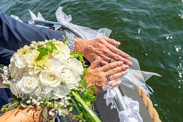 Eheversprechen geben auf dem Hochzeitsschiff Darie in Sellin auf Rügen